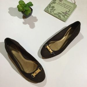 Ann Taylor Loft Size 6 Slip On Flat Suede Shoes